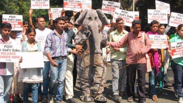 Sunder-Protest