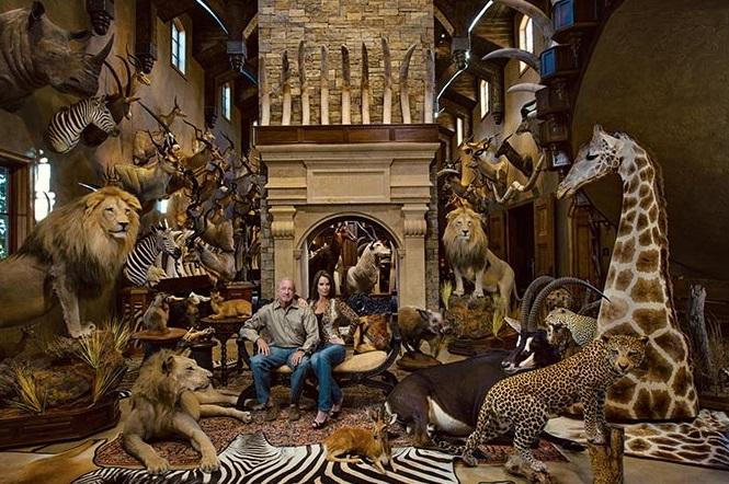 10-dallas-safari-hunters-670.jpg1